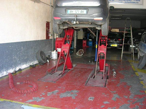 Atelier Garage Icardi Trets